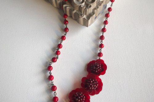 赤 お花 ネックレス